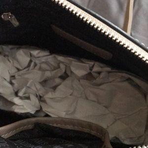 Steve Madden Bags - Steve Madden Dome Crossbody Bag